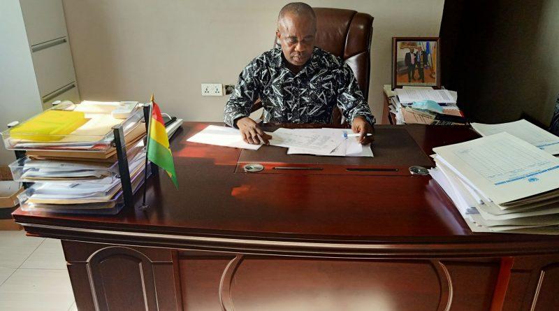 Mr Sampson Amoako Kwarteng,R.C.D